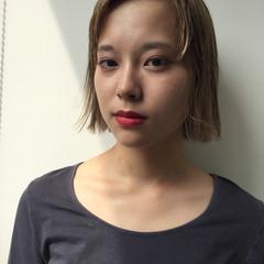 ニュアンス 色気 ベージュ 前髪あり ヘアスタイルや髪型の写真・画像