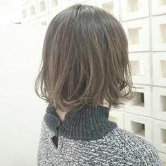 外国人風 ミルクティー ボブ グレージュ ヘアスタイルや髪型の写真・画像