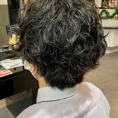 ショート メンズパーマ スパイラルパーマ メンズカット ヘアスタイルや髪型の写真・画像
