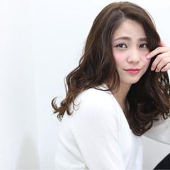 フェミニン ロング 渋谷系 簡単 ヘアスタイルや髪型の写真・画像