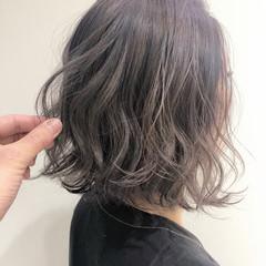 ボブ インナーカラー 大人ハイライト ハイトーン ヘアスタイルや髪型の写真・画像