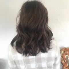 セミロング アンニュイほつれヘア ナチュラル 外国人風カラー ヘアスタイルや髪型の写真・画像