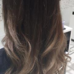 暗髪 ナチュラル グラデーションカラー セミロング ヘアスタイルや髪型の写真・画像