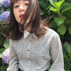ナチュラル 小顔 アンニュイ 大人女子 ヘアスタイルや髪型の写真・画像