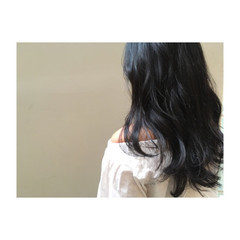 ロング コンサバ 暗髪 アッシュブラック ヘアスタイルや髪型の写真・画像