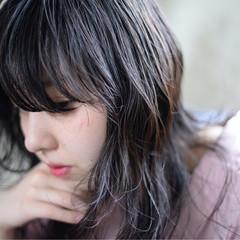 リラックス セミロング アンニュイ 秋 ヘアスタイルや髪型の写真・画像