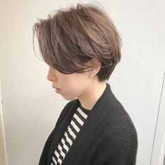 グレー 大人女子 マッシュ 暗髪 ヘアスタイルや髪型の写真・画像
