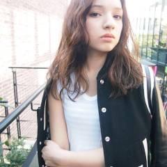 ストリート くせ毛風 外国人風 ミディアム ヘアスタイルや髪型の写真・画像