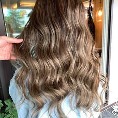エレガント コテ巻き ママヘア エアータッチ ヘアスタイルや髪型の写真・画像