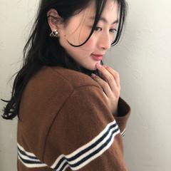 パーマ ミディアム ナチュラル 簡単ヘアアレンジ ヘアスタイルや髪型の写真・画像