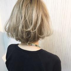ボブ ブリーチ モード ハイトーン ヘアスタイルや髪型の写真・画像