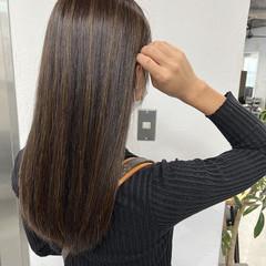 ハイライト ブラウンベージュ セミロング エレガント ヘアスタイルや髪型の写真・画像