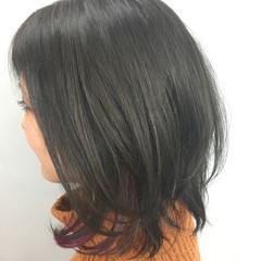 ミディアム フェミニン デート グレージュ ヘアスタイルや髪型の写真・画像