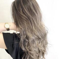 ナチュラル ブリーチカラー ハイトーンカラー ダブルカラー ヘアスタイルや髪型の写真・画像