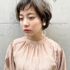 マッシュショート パーマ 前髪パーマ ナチュラル ヘアスタイルや髪型の写真・画像