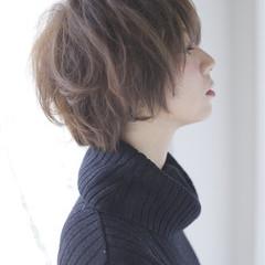 レイヤーカット ショート パーマ 大人かわいい ヘアスタイルや髪型の写真・画像