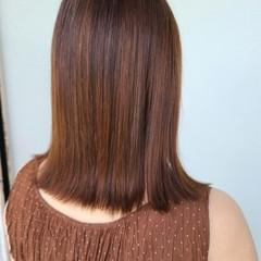 うる艶カラー 艶髪 艶カラー セミロング ヘアスタイルや髪型の写真・画像