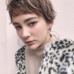 ショートヘア ハイトーン ダブルカラー ストリート ヘアスタイルや髪型の写真・画像