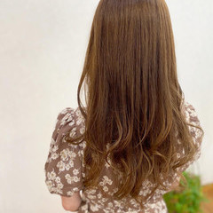 ベージュ ミルクティーベージュ 髪質改善カラー シアーベージュ ヘアスタイルや髪型の写真・画像