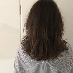 ハイライト グラデーションカラー ナチュラル アッシュ ヘアスタイルや髪型の写真・画像