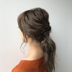 セミロング 結婚式ヘアアレンジ ナチュラル お呼ばれヘア ヘアスタイルや髪型の写真・画像
