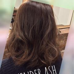ナチュラル 秋 ラベンダーアッシュ 透明感 ヘアスタイルや髪型の写真・画像