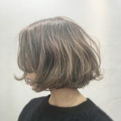 グレージュ ナチュラル 外国人風 パーマ ヘアスタイルや髪型の写真・画像