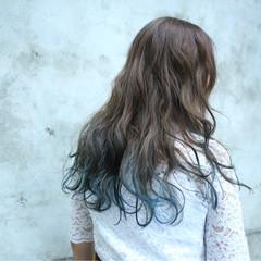 グラデーションカラー ブルーアッシュ 透明感 外国人風カラー ヘアスタイルや髪型の写真・画像