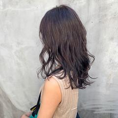 透明感カラー 透明感 ナチュラル ミディアム ヘアスタイルや髪型の写真・画像