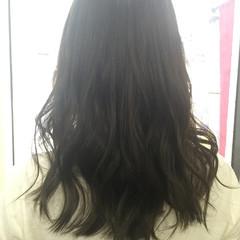 セミロング ブラウン ナチュラル イルミナカラー ヘアスタイルや髪型の写真・画像