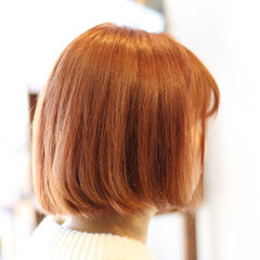 ボブ 色気 ハイトーン ナチュラル ヘアスタイルや髪型の写真・画像