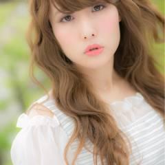 外国人風 ロング ナチュラル フェミニン ヘアスタイルや髪型の写真・画像