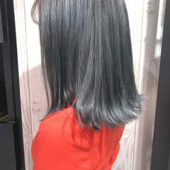 グレー ロブ シルバー シルバーアッシュ ヘアスタイルや髪型の写真・画像