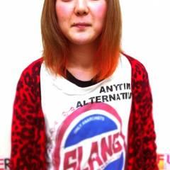 ピンク レッド ストリート アッシュ ヘアスタイルや髪型の写真・画像