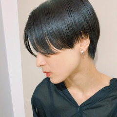 マッシュショート 黒髪ショート ハンサムショート 前下がりショート ヘアスタイルや髪型の写真・画像