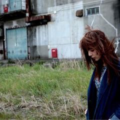 くせ毛風 ストリート 大人かわいい セミロング ヘアスタイルや髪型の写真・画像