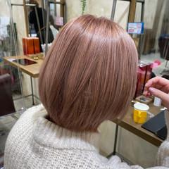 ショートヘア ショートボブ ピンクベージュ ダブルカラー ヘアスタイルや髪型の写真・画像