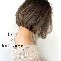 切りっぱなしボブ ハイライト バレイヤージュ 3Dハイライト ヘアスタイルや髪型の写真・画像