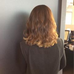 セミロング デート 春 ロブ ヘアスタイルや髪型の写真・画像