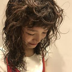 パーマ 前髪パーマ くせ毛風 前髪あり ヘアスタイルや髪型の写真・画像