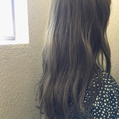 アッシュ リラックス 女子会 ロング ヘアスタイルや髪型の写真・画像