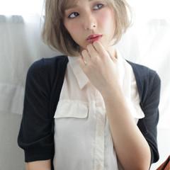 フェミニン 前髪あり マッシュ 小顔 ヘアスタイルや髪型の写真・画像