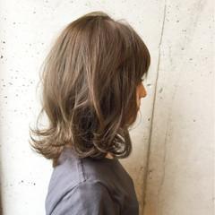 ストリート 大人かわいい ミディアム 暗髪 ヘアスタイルや髪型の写真・画像