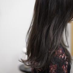 アッシュグレージュ アッシュグレー グレージュ 外国人風カラー ヘアスタイルや髪型の写真・画像