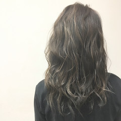 ストリート グラデーションカラー ミディアム ウェットヘア ヘアスタイルや髪型の写真・画像