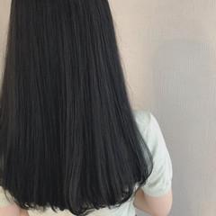 ナチュラル アッシュグレージュ セミロング ブルージュ ヘアスタイルや髪型の写真・画像