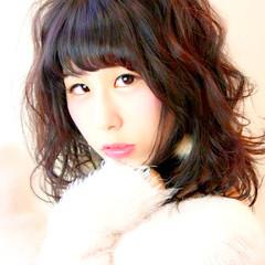 ミディアム 黒髪 ゆるふわ フェミニン ヘアスタイルや髪型の写真・画像