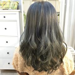 ガーリー アッシュ セミロング ストリート ヘアスタイルや髪型の写真・画像