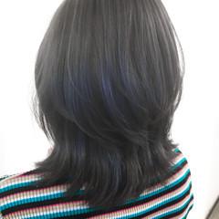 ストリート ウルフ女子 ブルーアッシュ ミディアム ヘアスタイルや髪型の写真・画像