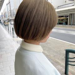 ボブ ミニボブ 前下がりボブ ミルクティーグレージュ ヘアスタイルや髪型の写真・画像